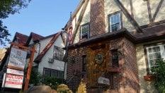 """Usa, """"affittasi casa natale di Trump"""": l'annuncio di Airbnb fa gola a pochi"""