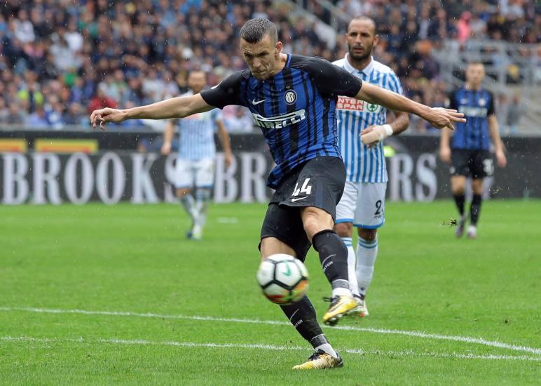 L'Inter fa il pieno e ringrazia il Var