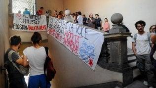 Università Statale di Milano, il Tar boccia il numero chiuso nelle facoltà umanistiche: annullati i test